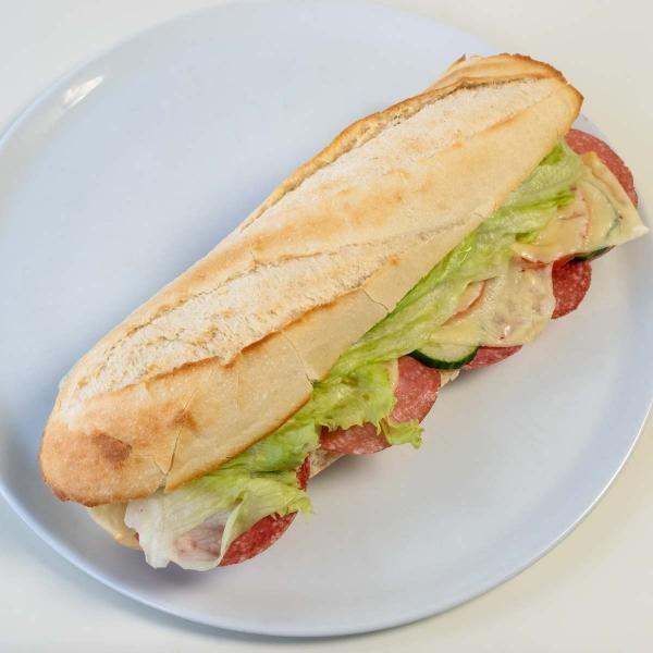 142 Baguette Salami